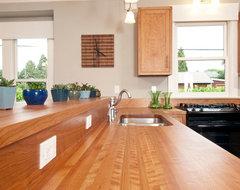 Bungalow Kitchen craftsman-kitchen