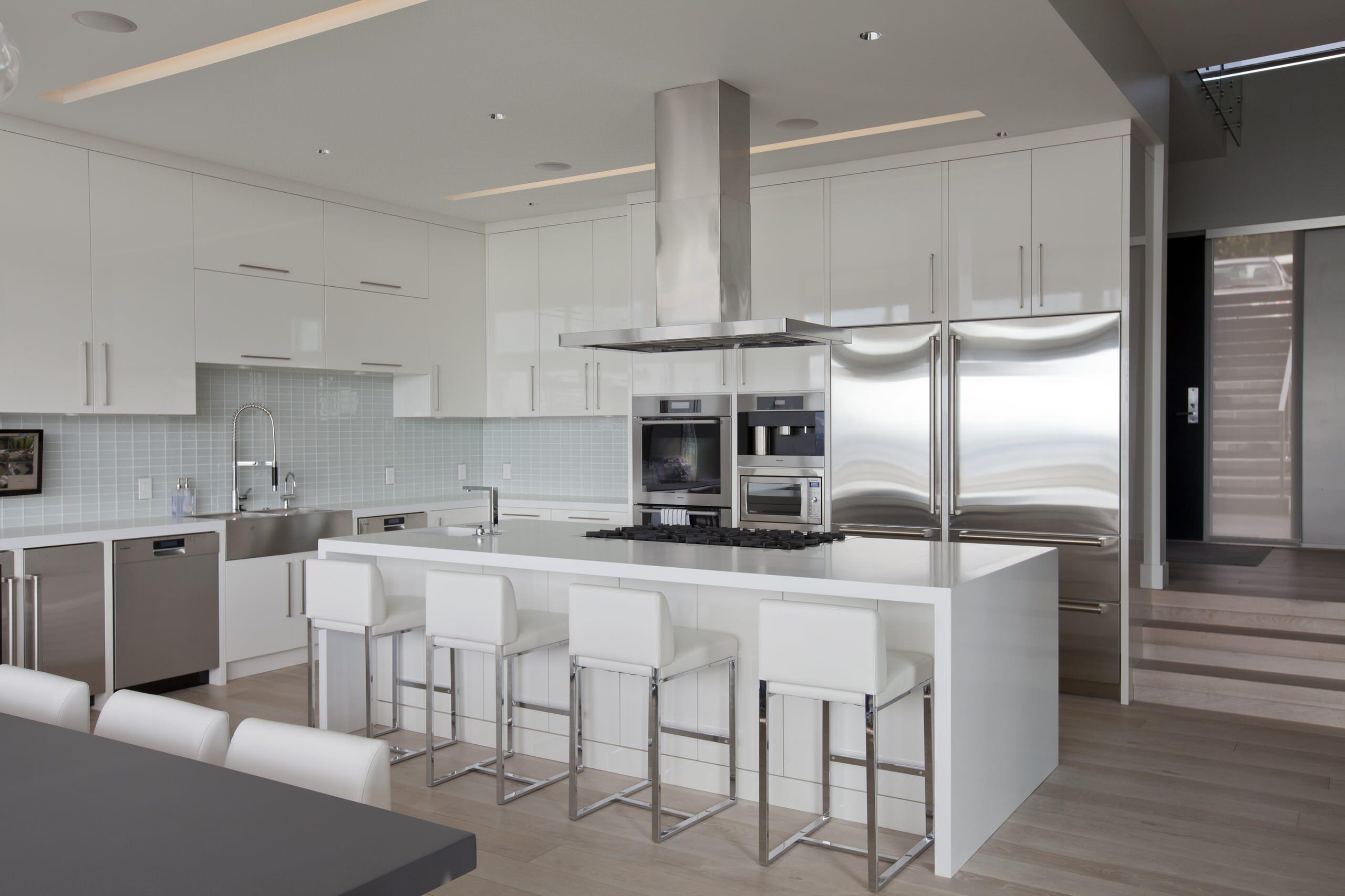 9 by 9 kitchen design