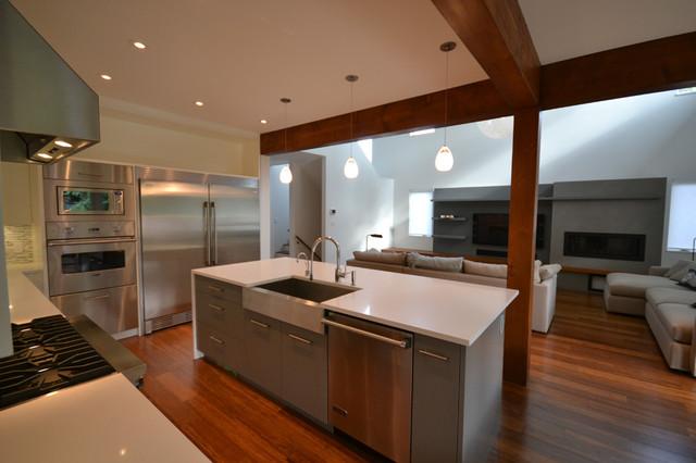 Custom Kitchen Cabinets Burnaby