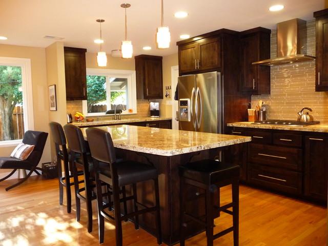 Burnell Kitchen traditional-kitchen