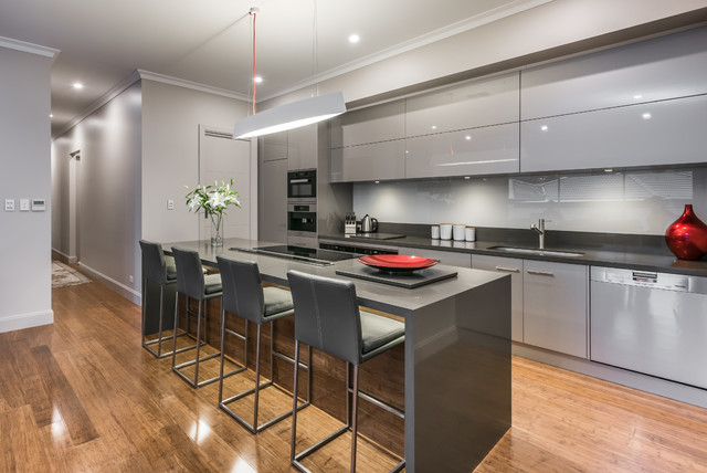 Burnside sa contemporary kitchen adelaide by tek for Sa company kitchen