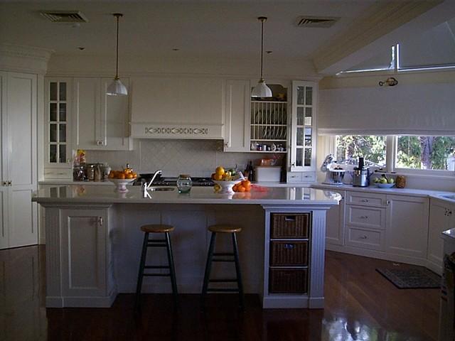 Burwood neo federation traditional kitchen sydney for Federation kitchen designs
