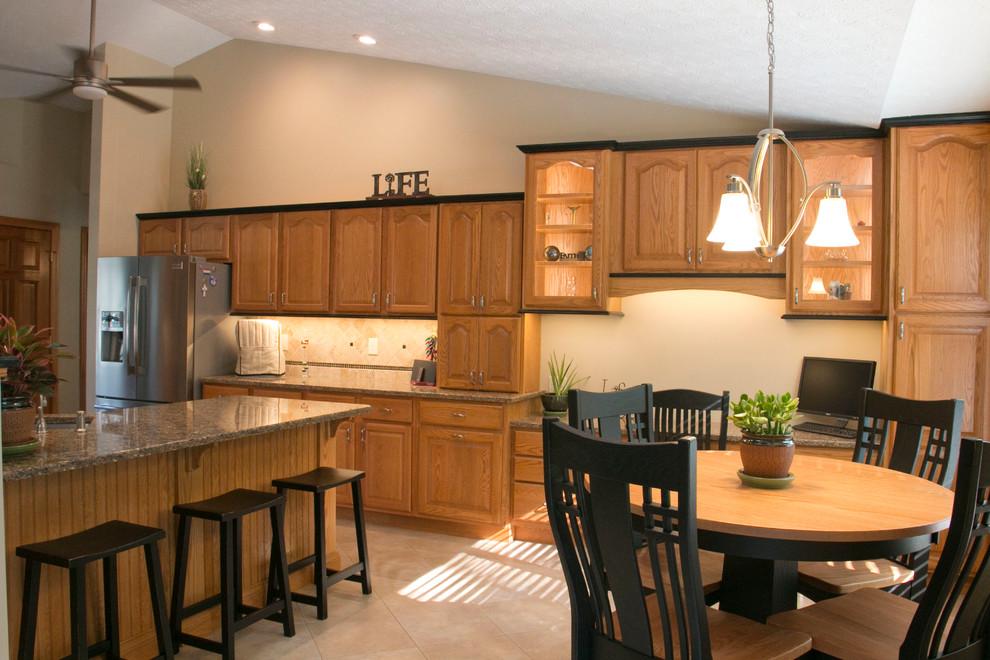 Busse- Updated Oak Kitchen - Traditional - Kitchen ...