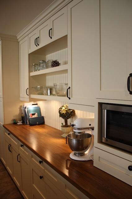 Butcherblock Countertop traditional-kitchen