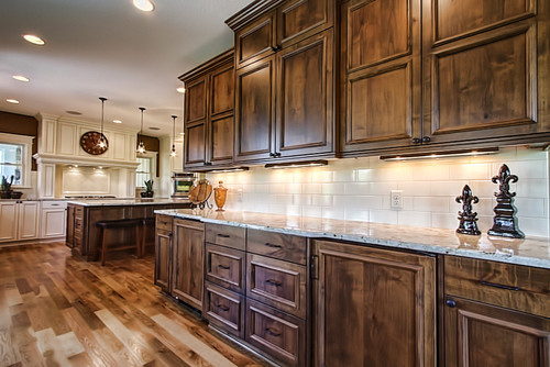 Woodwork stain wood cabinets pdf plans for Best way to stain kitchen cabinets