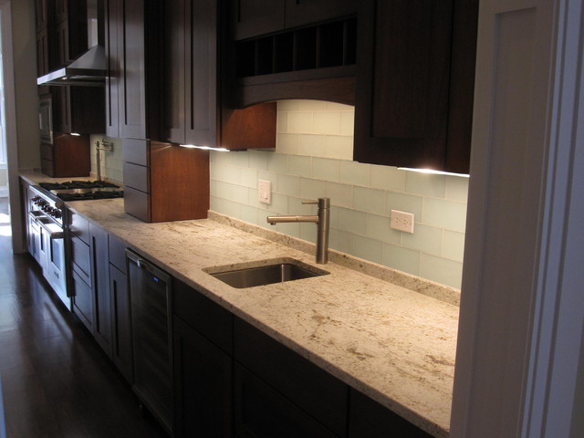Butlers Pantry Modern Kitchen Chicago By Follyn