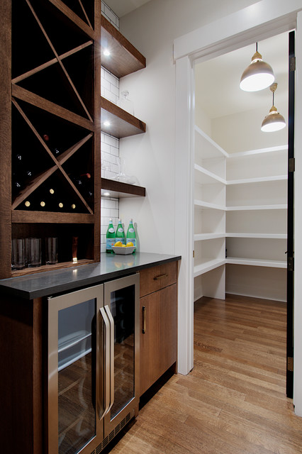 Butlers Pantry With Large Walk In Pantry