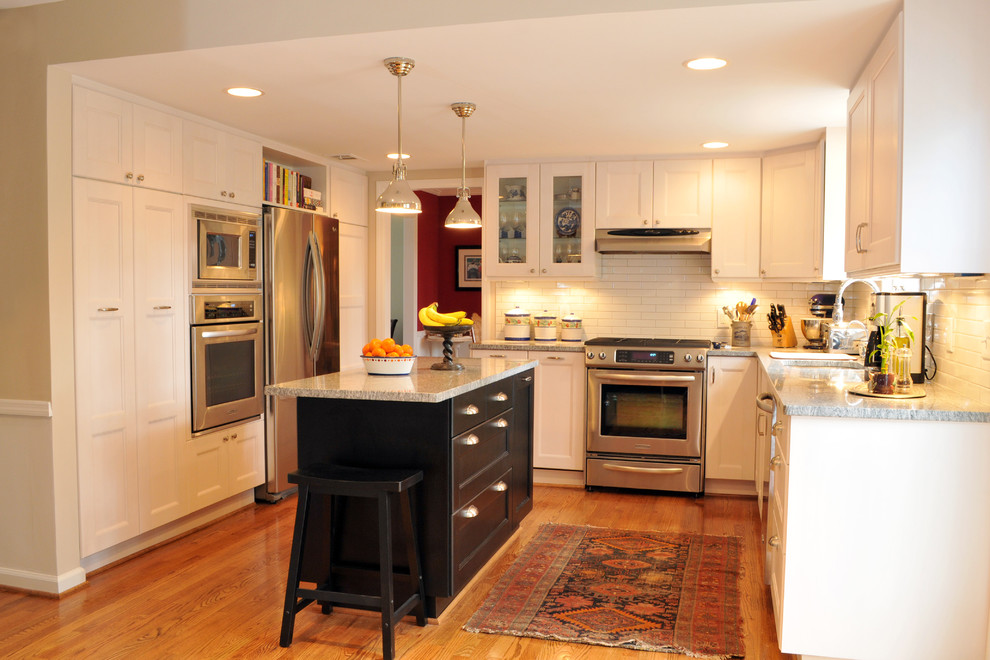 Inspiration for an eclectic kitchen remodel in Atlanta