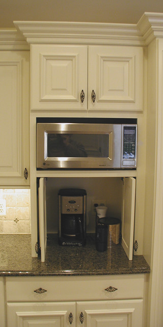 Cabinet details & specialty cabinets - Traditional - Kitchen ...