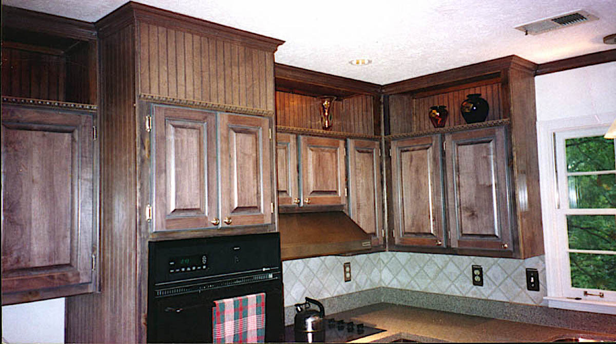 Cabinet Refacing,Open soffit display