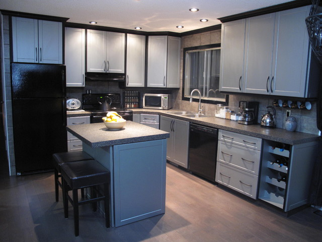 Cabinet refacing modern kitchen edmonton by reface for Kitchen cabinets 99 street edmonton