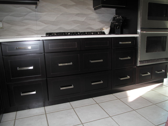 Cabinet Refacing with Espresso stain on Maple veneer ...