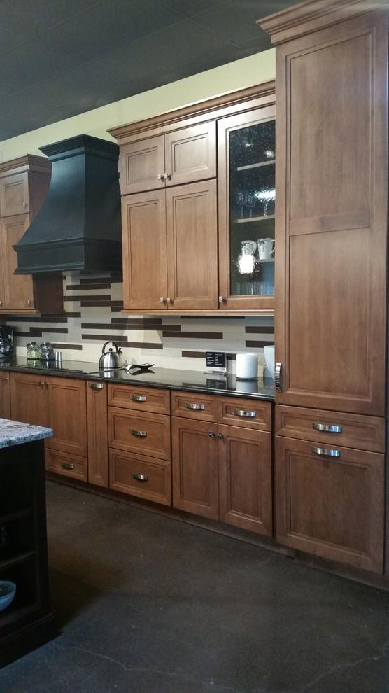 Cabinet Style Ideas - Farmhouse - Kitchen - Portland - by ...
