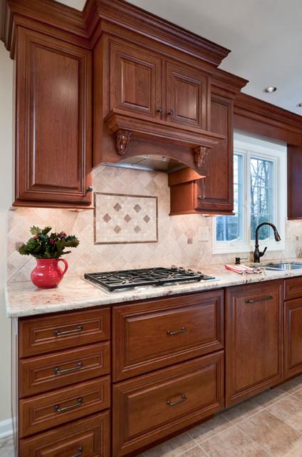 Cabinet Style Range Hood W/ Decorative BacksplashTraditional Kitchen,  Philadelphia