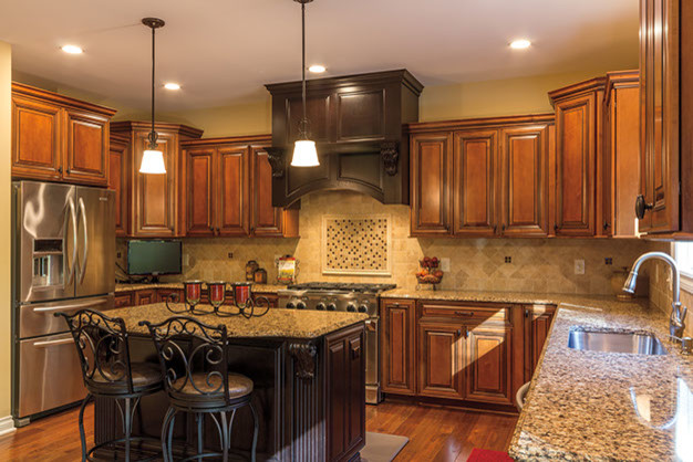 Cabinets traditional-kitchen