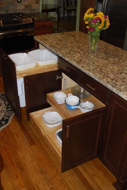 cabinetsmart traditional-kitchen