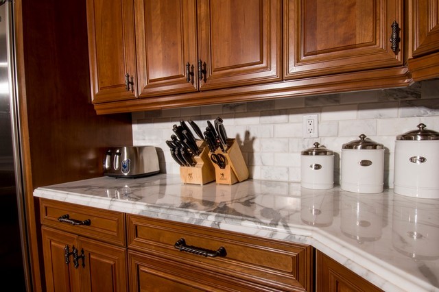 Calcutta Gold Marble Kitchen Countertop - Traditional - Kitchen