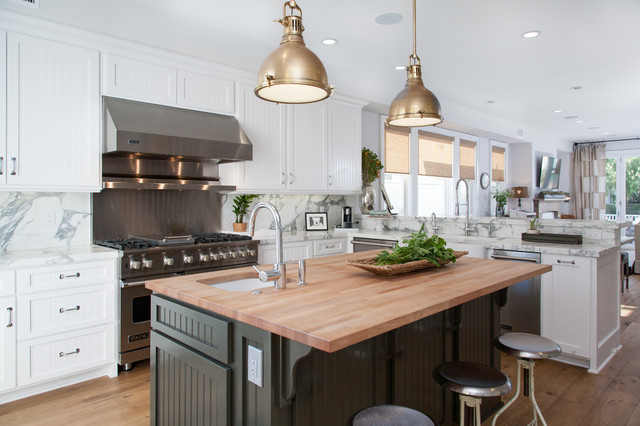 California Cape Cod Coastal Kitchen Orange County