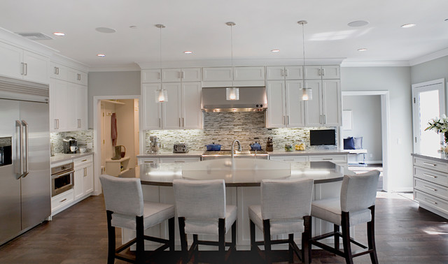 California Cape Cod In Brentwood Modern Kitchen Los