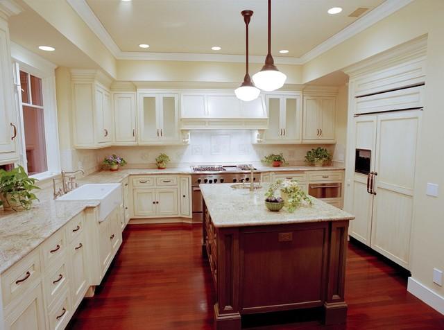 California Craftsman Style Home - Traditional - Kitchen - Orange ...