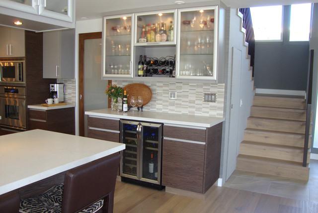 California dreaming kitchen modern kitchen los - Bar para casa ...