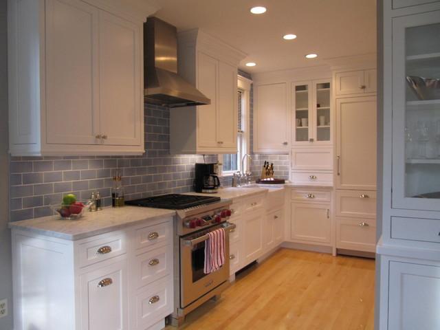 Cambridge Condo Kitchen traditional-kitchen