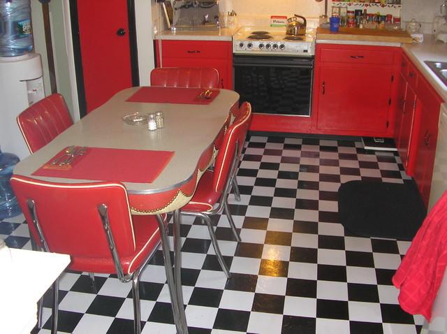 CAMPOREALE RETRO 50S KITCHEN Eclectic Kitchen