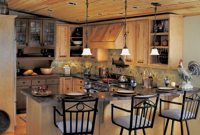 Canyon creek cornerstone shaker in rustic maple in a for Canyon creek kitchen cabinets