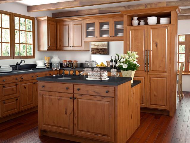 Elegant Canyon Creek Cornerstone   Windsor/Rustic Alder/Cinnamon Traditional Kitchen