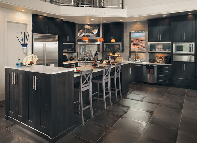 Canyon creek millennia quattro in rustic alder w for Rustic modern kitchen cabinets