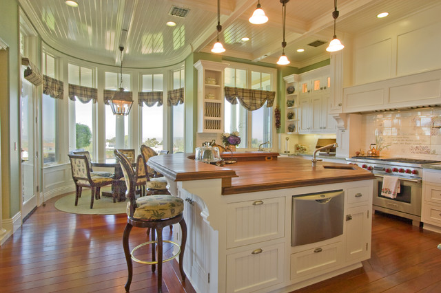 Cape Cod Traditional Kitchen Los Angeles By Arc
