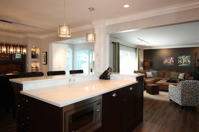Cape Cod Couture Traditional Kitchen Vancouver By Sgdi