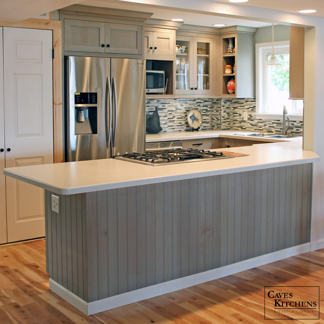 Cape cod premium alder beach style kitchen with peninsula for Cape cod kitchens pictures