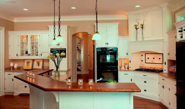 Cape Cod Shingle Style Lake Home Traditional Kitchen Detroit By Vanbrouck Amp Associates