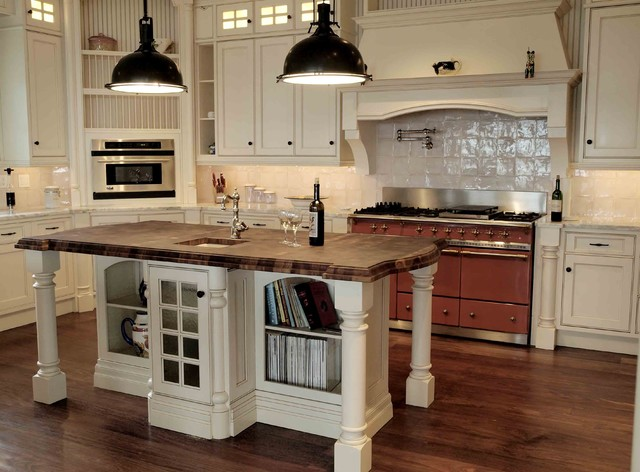 Cape cod style kitchen backsplash home design inside for Cape cod kitchen design ideas