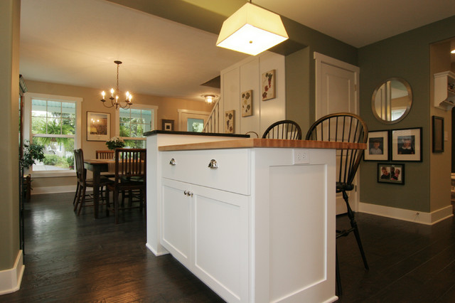 Cape Cod Style Home Traditional Kitchen Grand Rapids