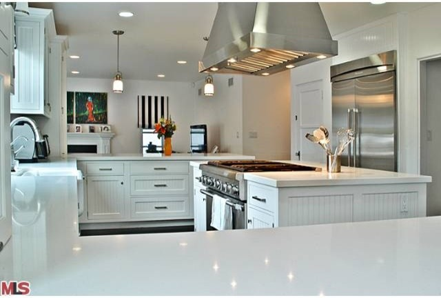 Cape Cod Style Kitchentraditional Kitchen Los Angeles