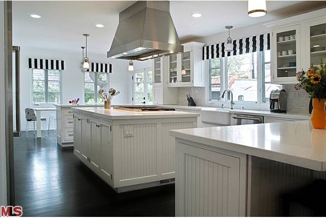 Attirant Cape Cod Style Kitchen Traditional Los Angeles By Ke