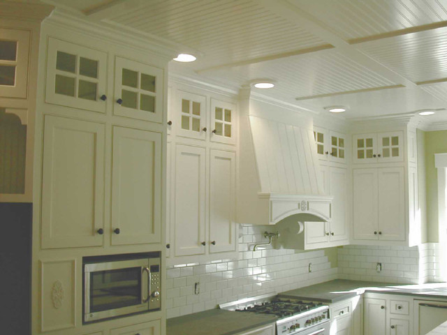 Cape Cod White Kitchen Traditional Kitchen