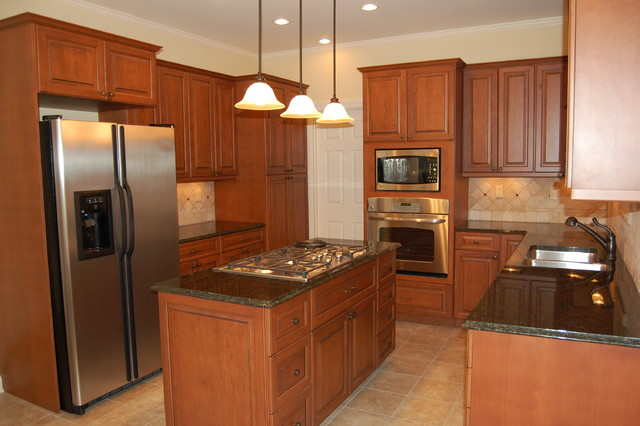 Cardinal Kitchen  Traditional  Kitchen  Raleigh  by SR Design