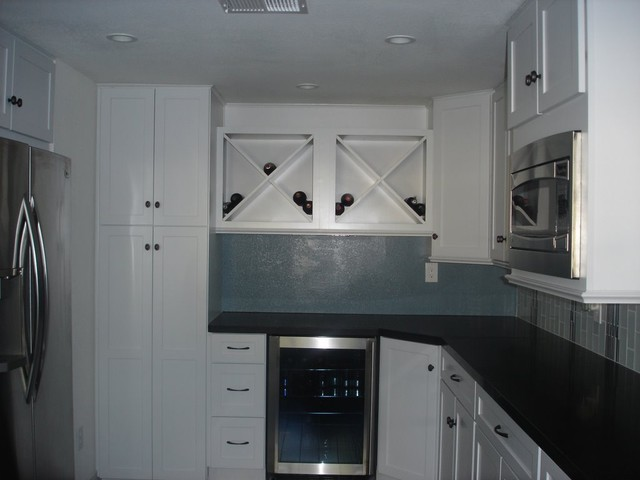 Carlsbad Seaside Contemporary Kitchen traditional-kitchen