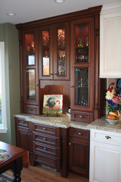 Carlson traditional-kitchen
