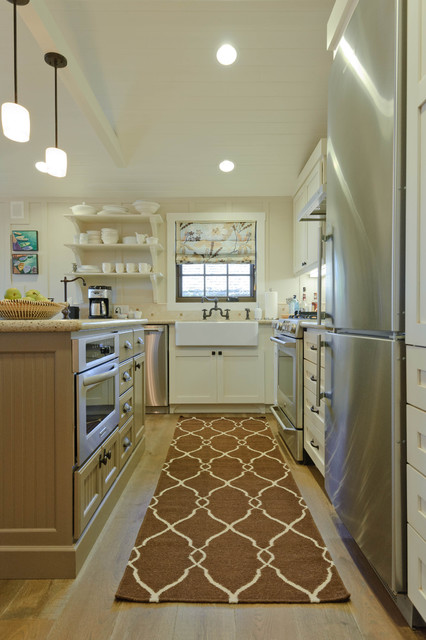Carmadillo Kitchen|Dining traditional kitchen