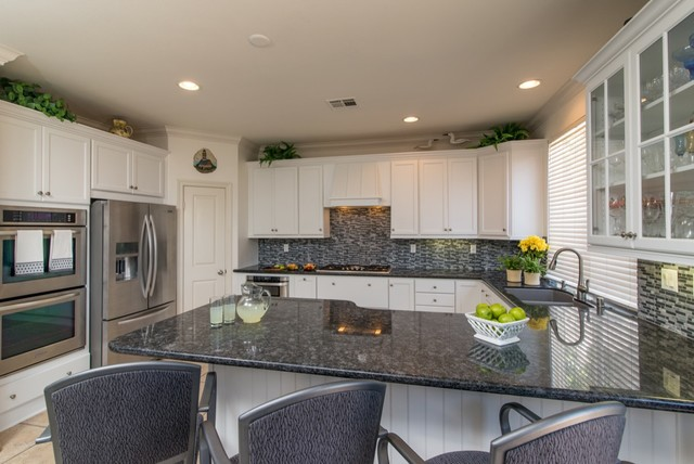 Carmel Valley California Kitchen Remodel Traditional