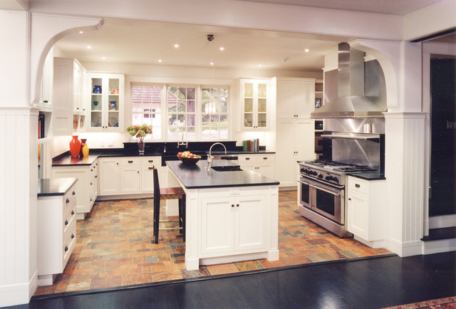 Carriage house for Carriage house kitchen cabinets