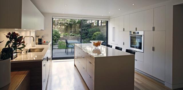 Carroll gardens brownstone contemporary kitchen new for Brownstone kitchen ideas