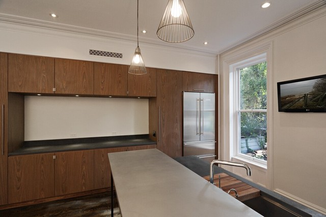 Carroll Gardens Townhouse modern kitchen