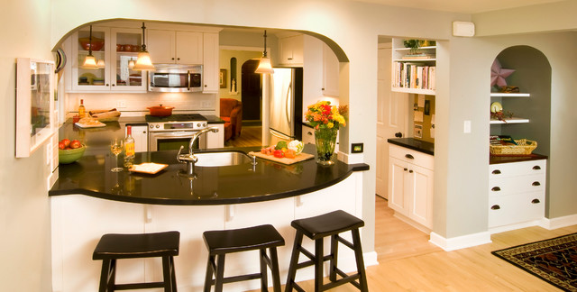 Carver Ave Residence traditional-kitchen
