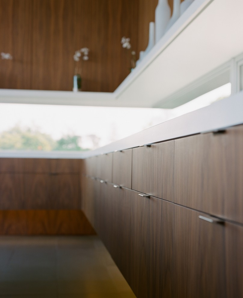 Inspiration for a contemporary kitchen remodel in San Diego
