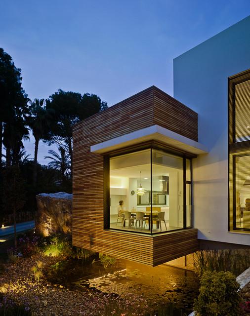 Casa Mediterr?nea contemporary-exterior
